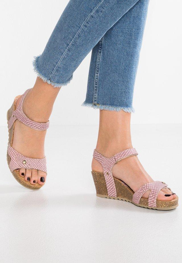 JULIA SNAKE - Sandály na platformě - rose