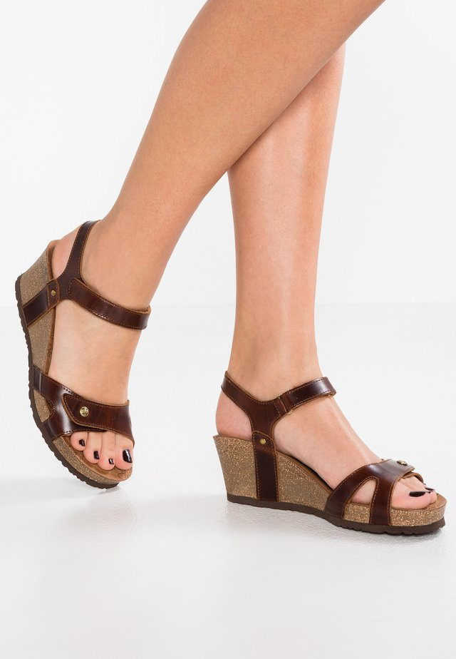 JULIA CLAY - Plateausandalette - dark brown