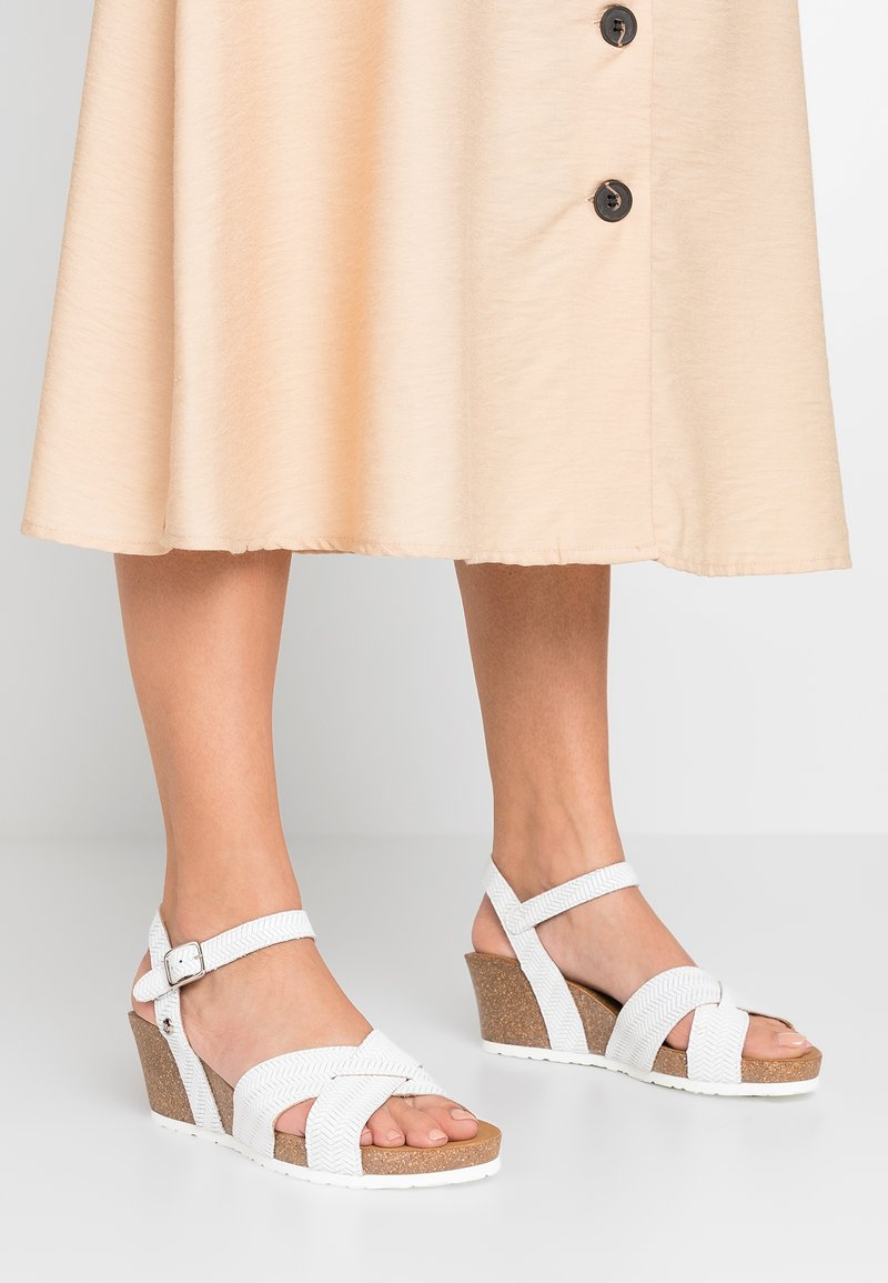 Panama Jack - VIKA MENORCA - Platform sandals - blanco
