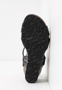 Panama Jack - VERA AMAZONIC - Sandalias de cuña - schwarz - 6