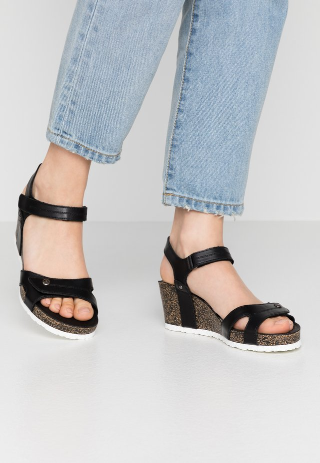 JULIA BOULEVARD - Wedge sandals - schwarz