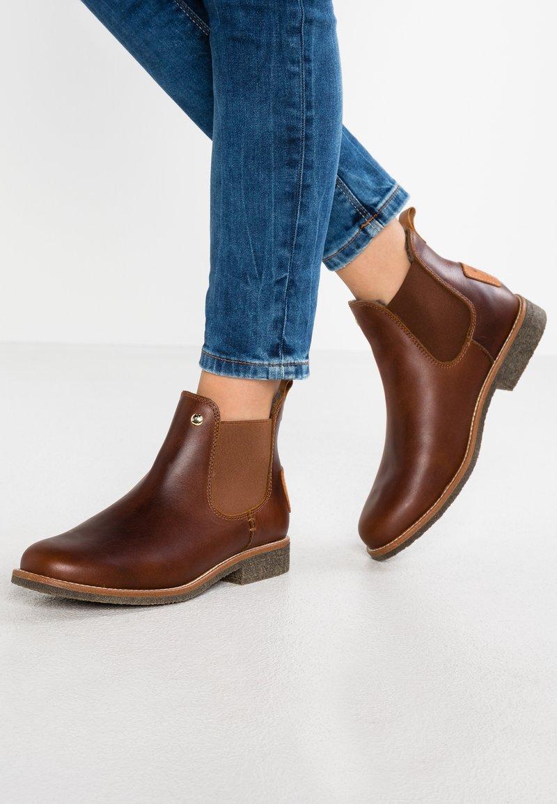 Panama Jack - GIORDANA IGLOO TRAVELLING - Ankle Boot - bark