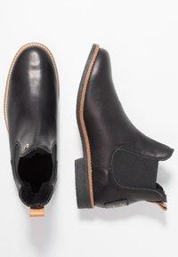 Panama Jack - GIORDANA IGLOO TRAVELLING - Kotníková obuv - black - 3