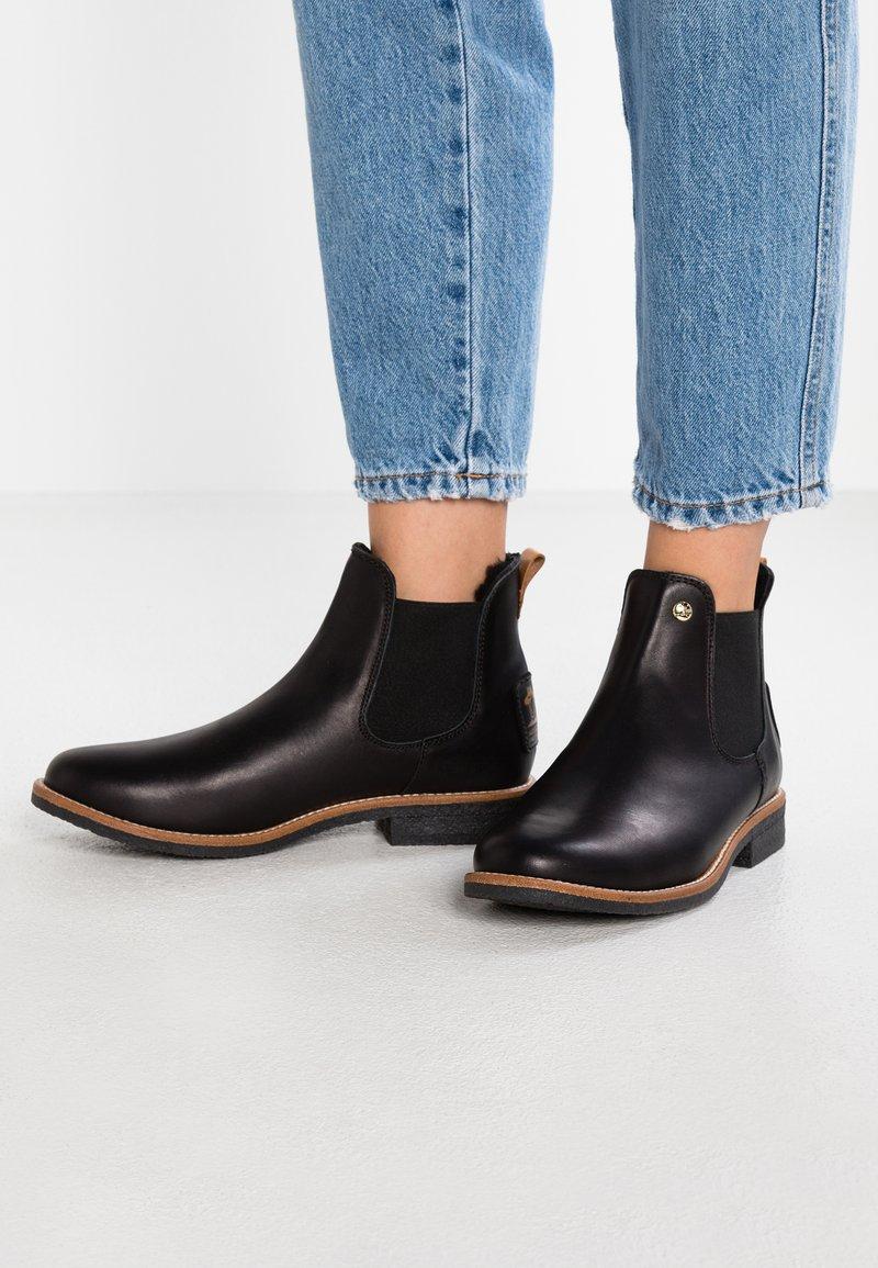 Panama Jack - GIORDANA IGLOO TRAVELLING - Kotníková obuv - black
