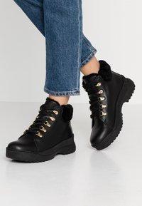 Panama Jack - HELLEN IGLOO - Boots à talons - black - 0