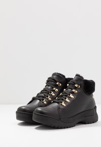 Panama Jack - HELLEN IGLOO - Boots à talons - black - 4