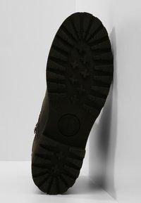 Panama Jack - FELINA IGLOO - Cowboy/biker ankle boot - black - 6