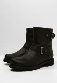 Panama Jack - FELINA IGLOO - Cowboy/biker ankle boot - black - 4