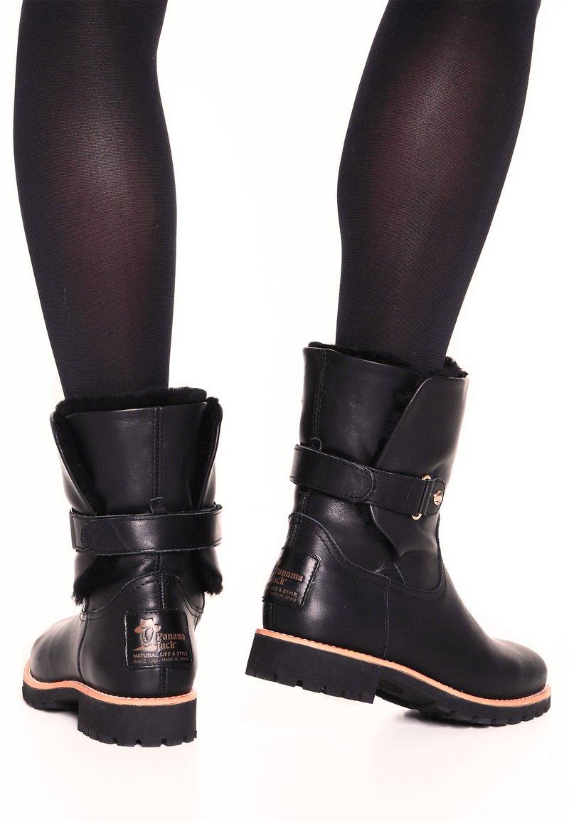 Panama Jack - FELIA IGLOO TRAVELLING - Classic ankle boots - black