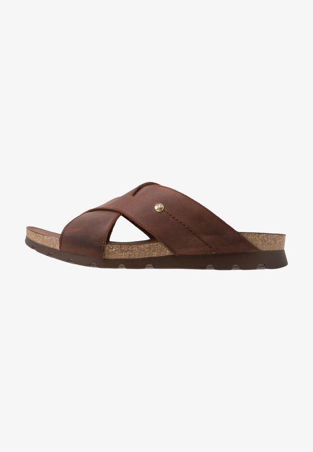 SALMAN BASICS C1 - Pantofle - bark