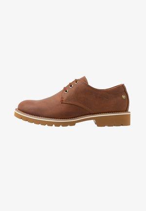 KALVIN C6 - Zapatos de vestir - bark
