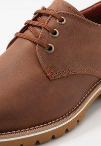 Panama Jack - KALVIN C6 - Zapatos de vestir - bark - 6