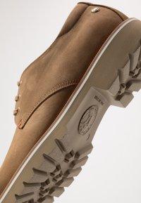 Panama Jack - KALVIN - Zapatos con cordones - brown - 5