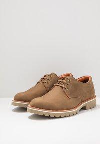 Panama Jack - KALVIN - Zapatos con cordones - brown - 2