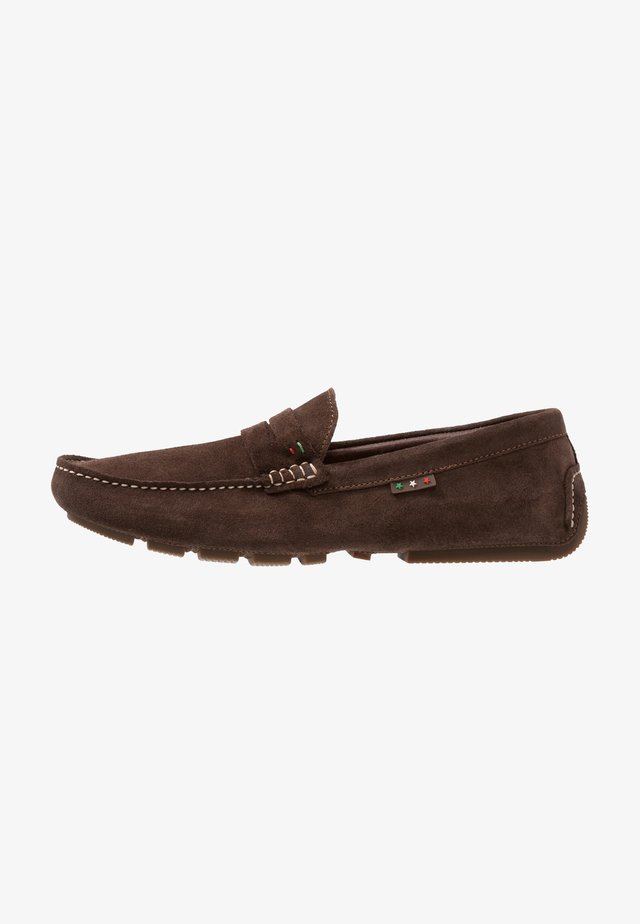 OLIVEIRO UOMO - Mokkasiinit - dark brown