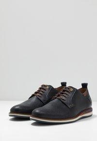 Pantofola d'Oro - FIUGGI UOMO LOW - Snörskor - dress blues - 3