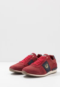 Pantofola d'Oro - UMITO UOMO - Trainers - racing red - 2