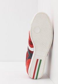 Pantofola d'Oro - VASTO UOMO  - Trainers - racing red - 4