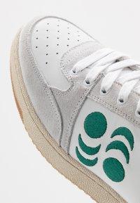 Pantofola d'Oro - MARACANA UOMO  - Trainers - bright white/green/red - 5