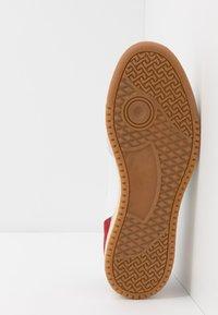 Pantofola d'Oro - MARACANA UOMO  - Trainers - bright white/green/red - 4