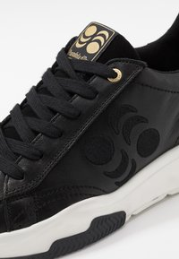 Pantofola d'Oro - AZTECA UOMO  - Trainers - black - 5