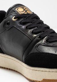 Pantofola d'Oro - MARACANA UOMO - Trainers - black - 5