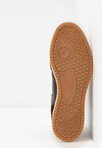 Pantofola d'Oro - MARACANA UOMO - Trainers - black - 4