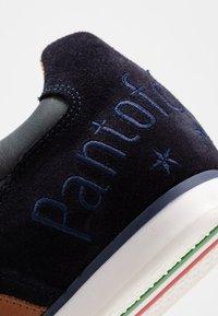 Pantofola d'Oro - IMOLA UOMO - Trainers - dress blues - 5
