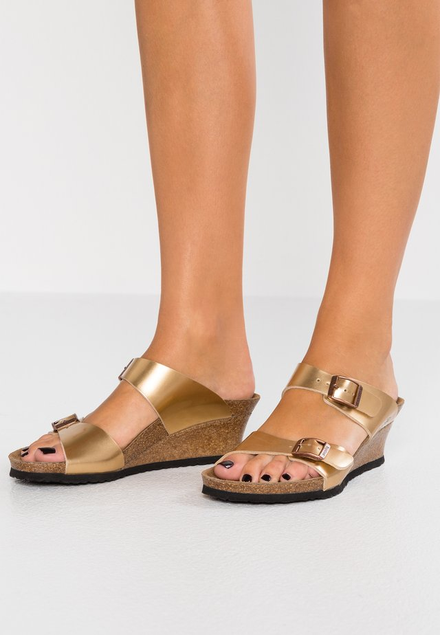 DOROTHY - Slippers - copper