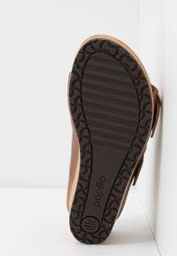 Papillio - NORA - Pantofle na podpatku - cognac - 6