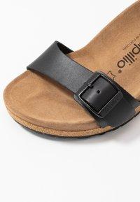 Papillio - SOLEY - Sandály na klínu - black - 2
