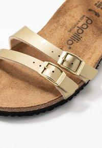 Papillio - LANA - Sandály na klínu - metallic gold - 2