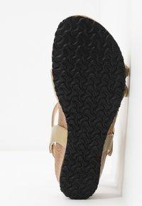 Papillio - LANA - Sandály na klínu - metallic gold - 6