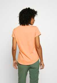 Patagonia - LIVE SIMPLY HIVE SCOOP - T-shirts med print - scotch pink - 2