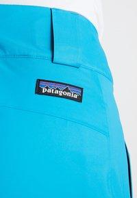 Patagonia - INSULATED SNOWBELLE PANTS - Pantaloni da neve - curacao blue - 5
