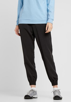 EDGE WIN JOGGERS - Spodnie materiałowe - ink black