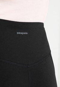 Patagonia - CENTERED - Punčochy - black - 5