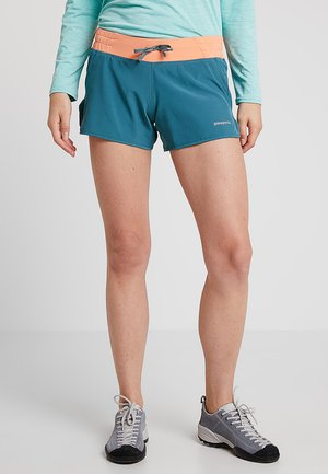 NINE TRAILS SHORTS - Sports shorts - tasmanian teal/peach sherbet