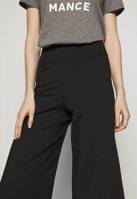 Patagonia - STEM GEM ROCK CROPS - 3/4 sports trousers - black - 4