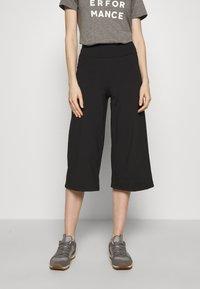 Patagonia - STEM GEM ROCK CROPS - 3/4 sports trousers - black - 0
