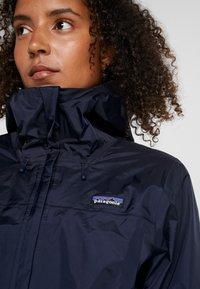 Patagonia - TORRENTSHELL - Hardshell jacket - navy blue - 5