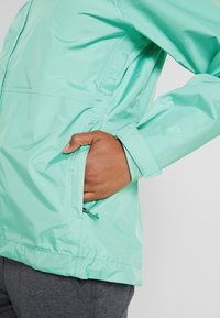 Patagonia - TORRENTSHELL - Hardshell jacket - vjosa green - 6