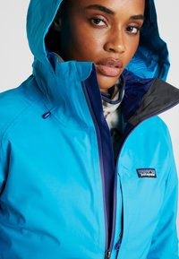 Patagonia - INSULATED SNOWBELLE - Skijakke - curacao blue - 3