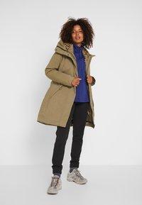Patagonia - FROZEN RANGE 2-IN-1  - Hardshell jacket - sage khaki - 1
