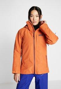 Patagonia - INSULATED POWDER BOWL  - Snowboard jacket - sunset orange - 0
