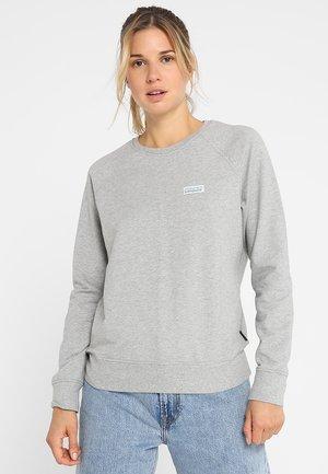 PASTEL LABEL AHNYA CREW - Bluza - drifter grey