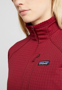 Patagonia - Fleecegenser - arrow red - 4