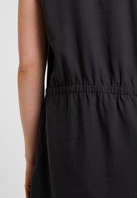 Patagonia - JUNE LAKE DRESS - Vestido informal - ink black - 4