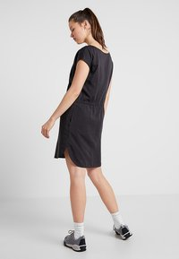 Patagonia - JUNE LAKE DRESS - Vestido informal - ink black - 2