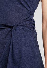 Patagonia - SEABROOK TWIST DRESS - Jerseykjoler - neo navy - 5